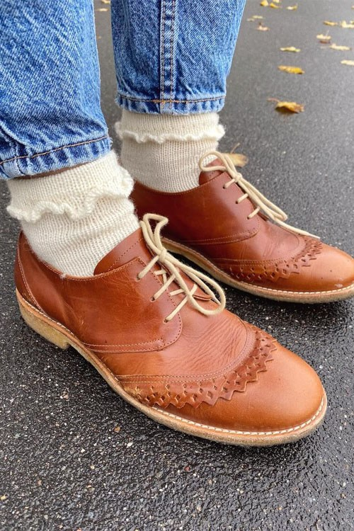 ruffle socks fra petiteknit
